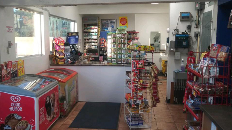 Img - G250_convenience store 2